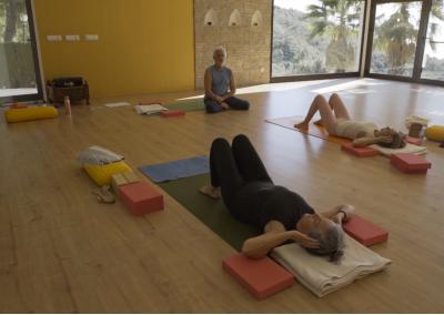 Guided Asana Practice with Ujjayi Breath – 52'
