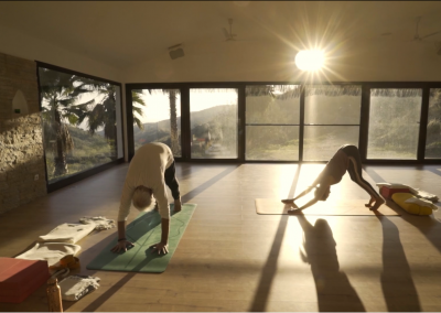 ASANA CLASS FOR AFTERNOONS & EVENINGS – 55 MINUTES